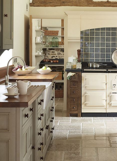 Aga in a Chalon Kitchen by ChalonHandmade, via Flickr (love the cabinets and the countertops - esp the groves to let water drain)