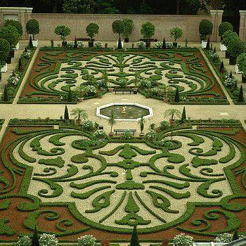 Gardens of Het Loo Palace, Holland.