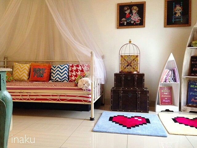 #daybed with #colorfuldecor in #inaku room