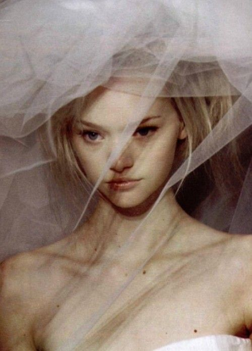 Gemma Ward at Givenchy, Spring/Summer 2004 Haute Couture