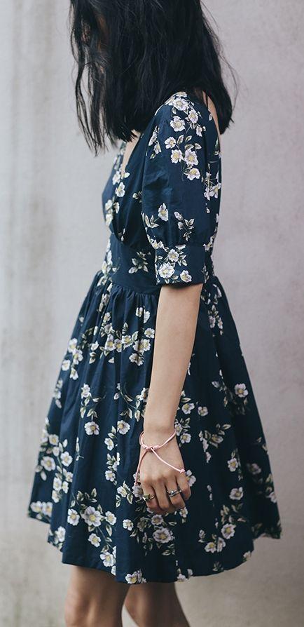 Robe bleue japonisante