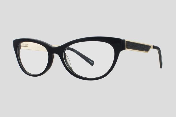 #Brillen van Reor. Dit is de Brigitte (art. nr. F10.678FBL), complete bril vanaf € 34,90. #Montuur van zwart en zilver acetaat en RVS. Verkrijgbaar in nog twee andere kleuren.