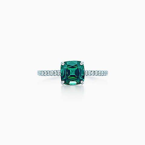 Tiffany Platinring mit einem grünen Turmalin und Diamanten.★ ▀▄▀Shelly▄▀ ★