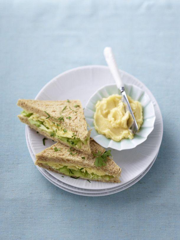 Unser beliebtes Rezept für Eier-Sandwiches und mehr als 55.000 weitere kostenlose Rezepte auf LECKER.de.