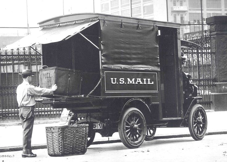 Autocar truck, ca. 1914 A letter carrier loads mail into an Autocar truck in Pennsylvania circa 1914. The Autocar Company of Ardmore, Pennsylvania, was one of the leading truck manufacturers in the early 20th century. A couple of the company's innovations – shaft-drive propulsion and porcelain-insulated spark plugs – became industry standards. The company built trucks from 1907 until it was bought out by the White Motor Car Company in 1953.