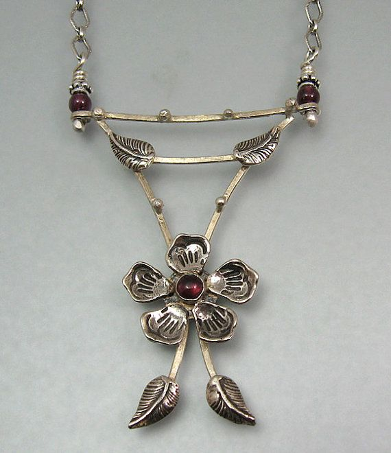 Hey, I found this really awesome Etsy listing at https://www.etsy.com/listing/210386003/flower-garnet-necklace-sterling-silver