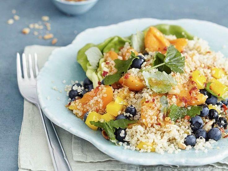 Gesundes Rezept: Fruchtigen Quinoa-Salat selber machen / healthy recipe: quinoa salad with fruits, clean eating via DaWanda.com