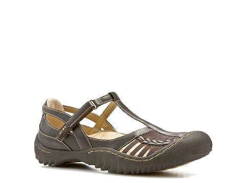 I like J-41 shoes -- love these!