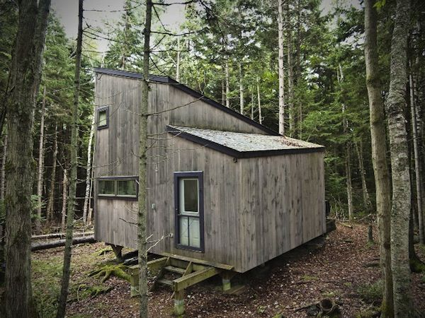 1000 images about cabin in the woods on pinterest cabin small cabins and diy cabin. Black Bedroom Furniture Sets. Home Design Ideas