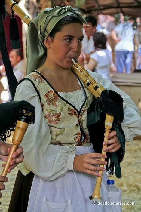 Mercau tradicional de Porrúa Llanes. Asturias. Spain