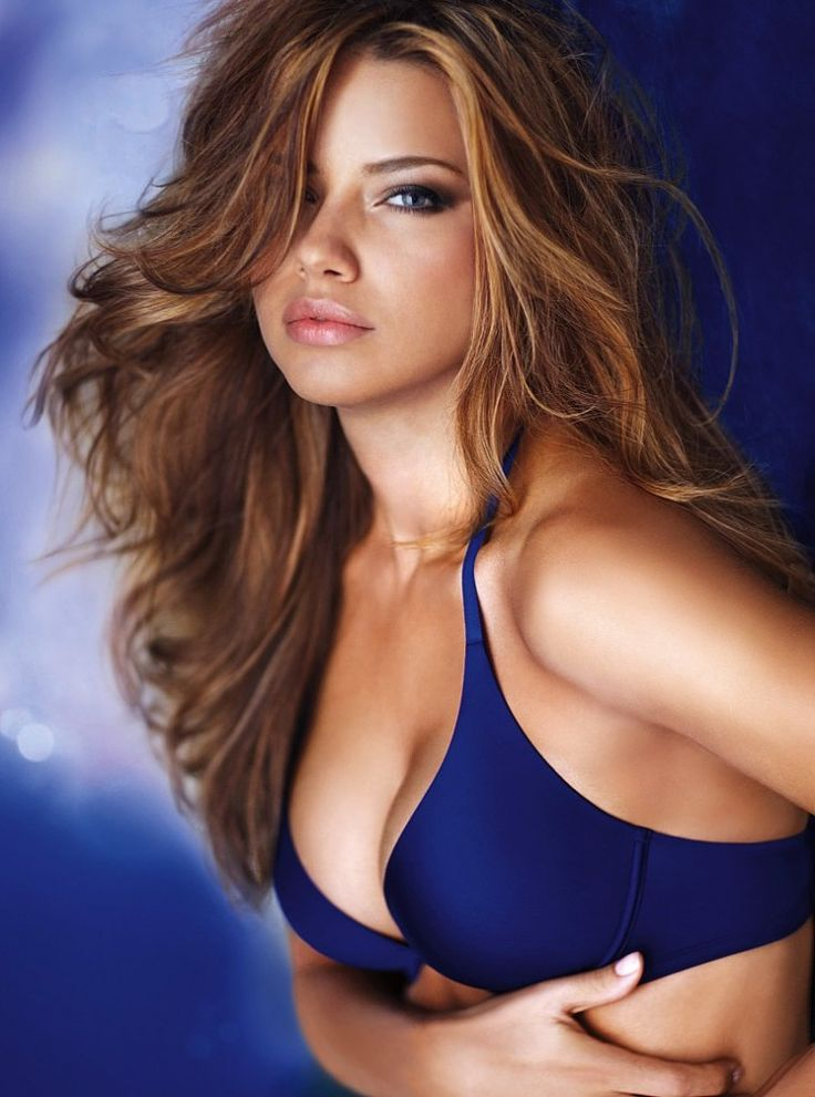 Adriana Lima: Girls Crushes, Hair Colors, Eye Makeup, Motivation Pictures, Haircolor, Adriana Lima, Long Layered Hair, Adrianalima, Victoria Secret Angel