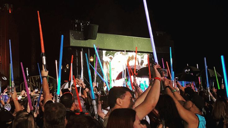 Fans gather at Hollywood Studios to celebrate the life of Debbie Reynolds and Carrie Fisher
