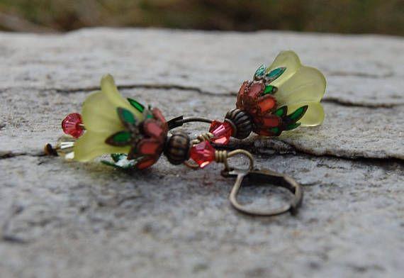 Unique Gift Ideas, Handmade Earrings, Artisan Jewelry, Flower earrings, Romantic Gift for wife, Gift for girlfriend, present for Teacher