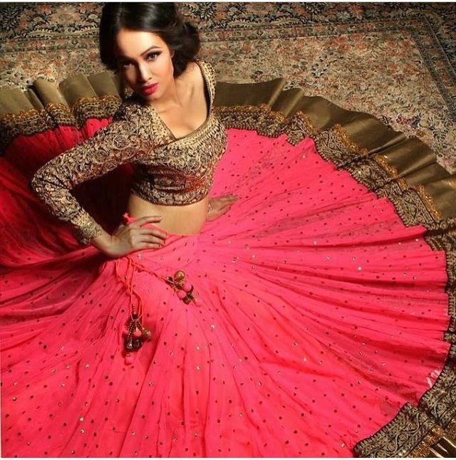 #style #pink #indianfashion