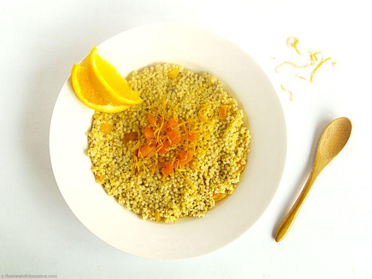 Ayurvedisch recept voor gierstpap met abrikozen en vanille. Glutenvrij, veganistisch, super lekker en vullend en uitermate geschikt voor een koude ochtend.