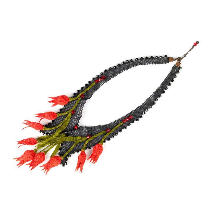 Tulip, Oya necklace