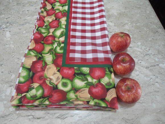 Toalha de mesa xadrezão vermelha renaux 100% algodão. Essa toalha cobre mesa de 8 lugares, mede 2,50 x 1.40. Posso fazê-la sob medida. Especial para sua mesa. O prazo de confecção é de 5 dias. Posso fazer em outras opções de largura do xadrex. E cores do xadrez preto, azul,verde mais tecido fantasia combinando com o xadrez. R$ 278,58