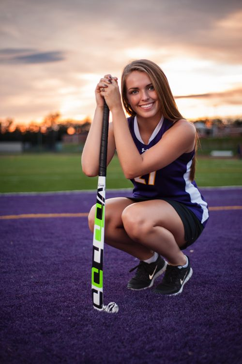 field hockey high school senior girl  - Boiling Springs Bubbles - Tavia Larson Photography - Boiling Springs Photographer