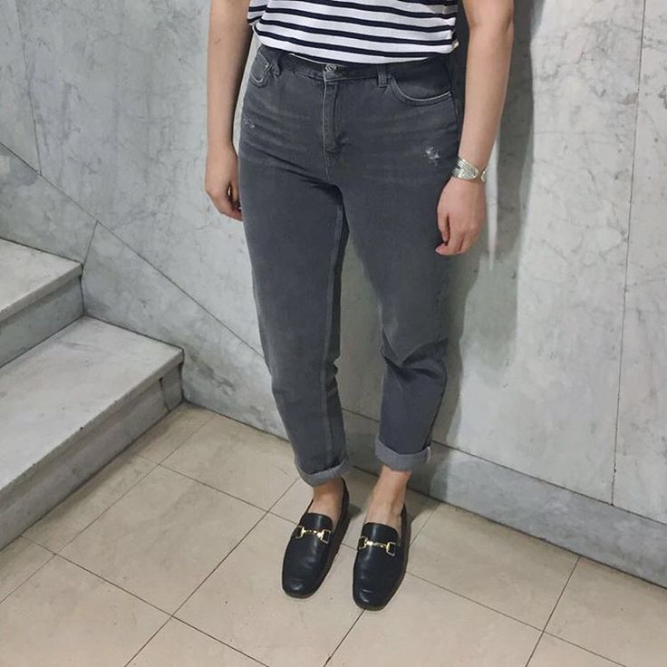 Nonchalant and classically cool - Karter loafers and grey Mom jeans prove that sometimes simplicity is key. #Topshop