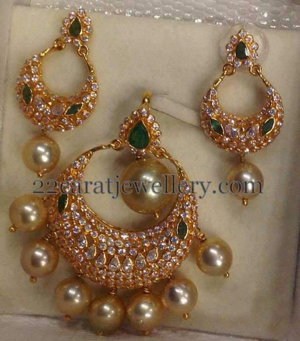 34 Grams Unique Diamond Set: Jewellery Designs: 15 Gram Chandbali Pendant