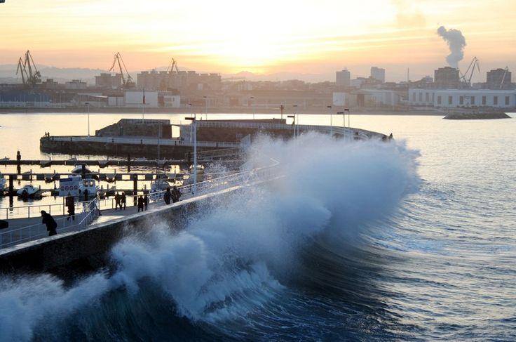 The sea strikes - Gijon, Asturias