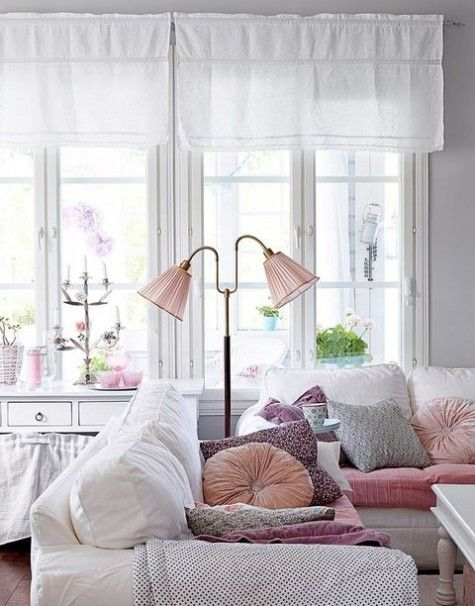 ComfyDwelling.com » Blog Archive » 67 Vivacious and Cute Feminine Living Rooms