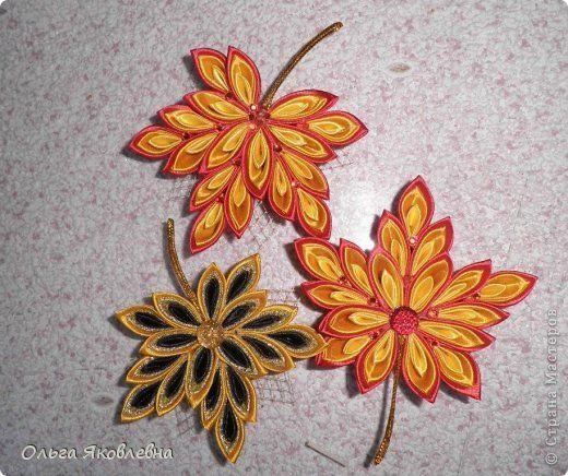 Украшение День учителя Начало учебного года Праздник осени Цумами Канзаши Осенние листья Ленты фото 1