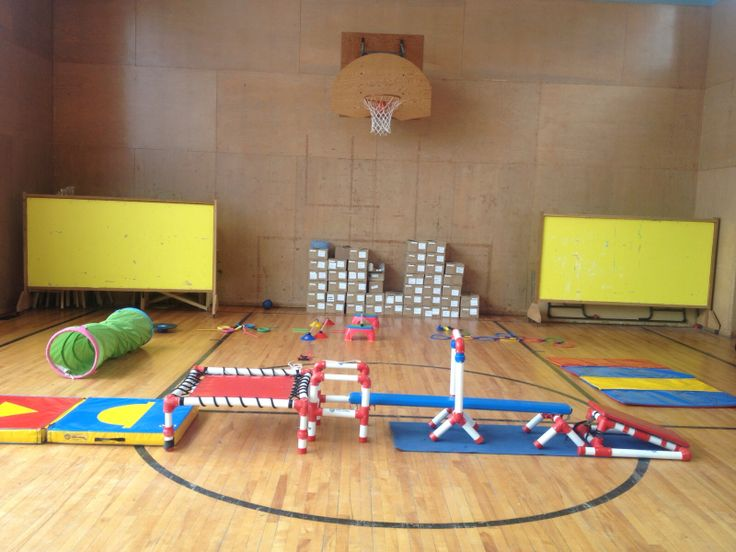 Obstacle course at #monkeynastixbarrie #balance #kidsfitness