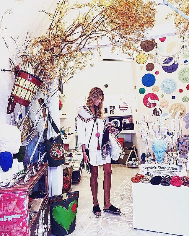 #fira #santorini #santoriniisland #santorinigreece #shopping #santorinishopping #travel #greece #