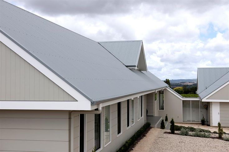 windspray colorbond roof