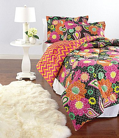 Vera Bradley Ziggy Zinnia Bedding Collection Love This Bright Who Doesnt A Fun Bold Pattern Pairs Perfect With White Bedroom
