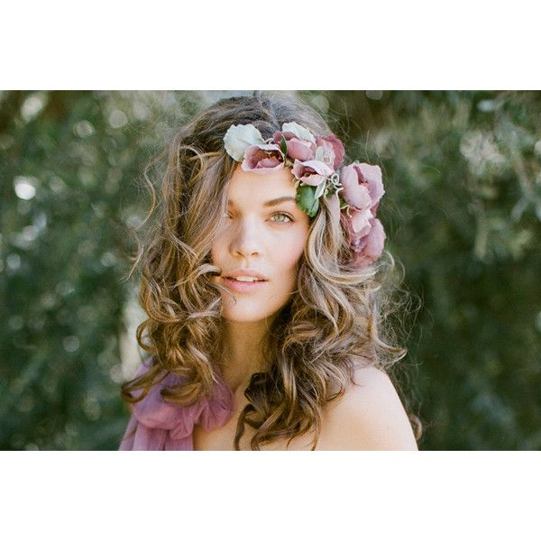 VERONICA WILD ROSE FLOWER CROWN Erica Elizabeth Designs and Pretty... ❤ liked on Polyvore featuring accessories, hair accessories, flower garland, floral garland, rose flower crown, floral crown i rose hair accessories