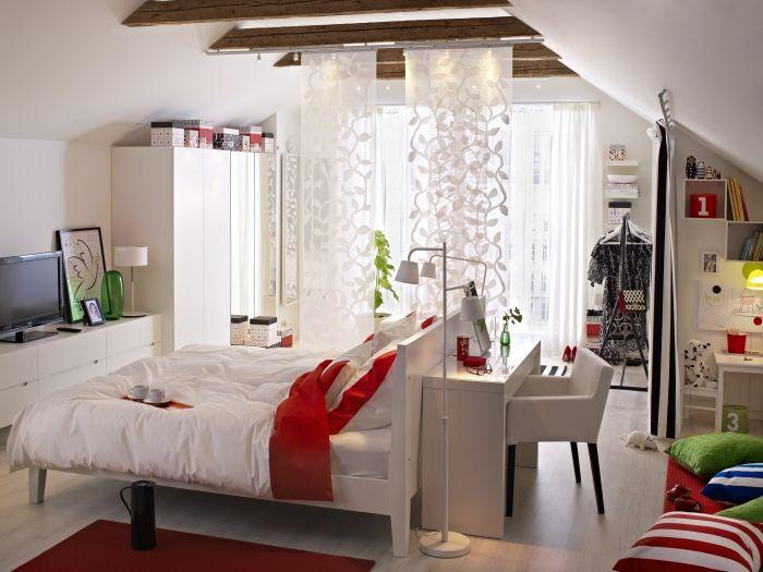 Geç saatlere kadar çalışanlar için IKEA çalışma masanızı odanıza getiriyor!