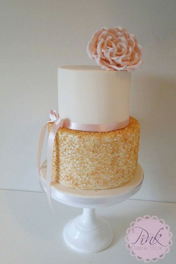 Gold sequin and blush rose wedding cake