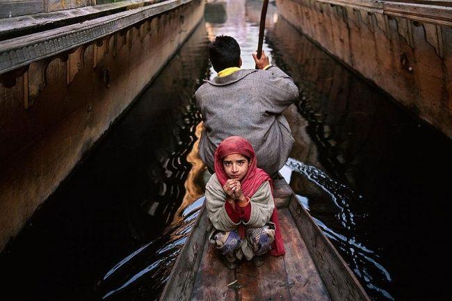 Лучшие фотографии Стива Мак-Карри Отец и дочь, Кашмир
