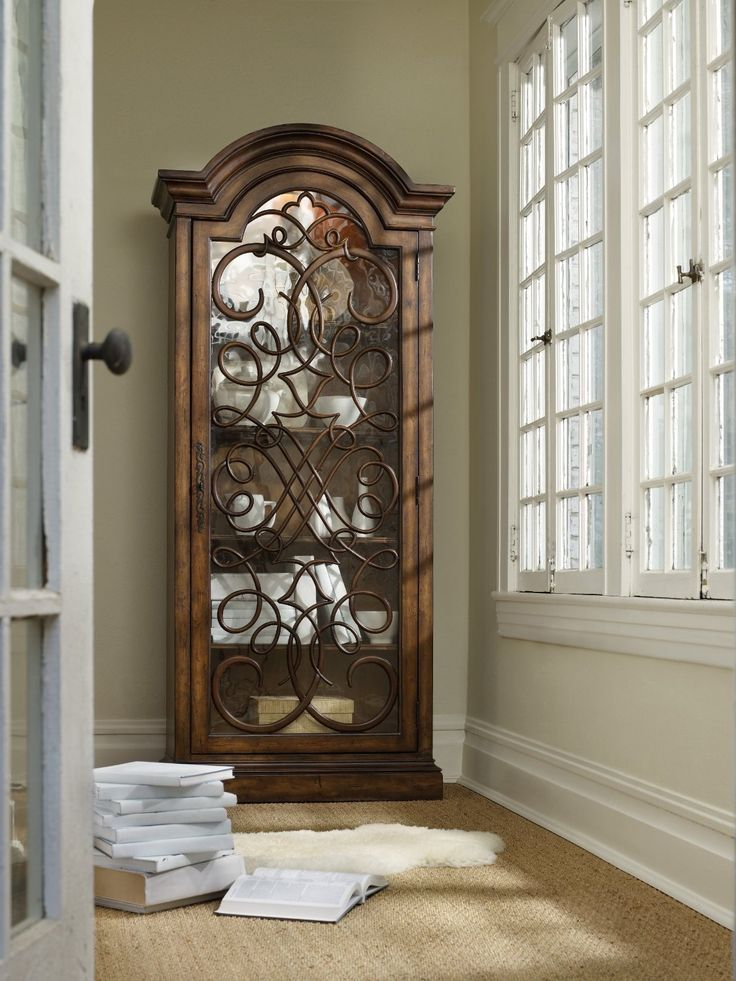 17 Best Images About Curio Cabinets On Pinterest Hooker