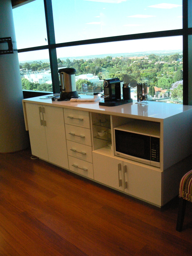 Free standing kitchenette for an office