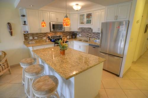 Kamaole Sands 7-307 Kihei (Maui, Hawaii) Situated in Kihei, Kamaole Sands 7-307 offers self-catering accommodation with free WiFi. The property boasts views of the garden and is 1.8 km from Kihei Regional Park. Free private parking is available on site.