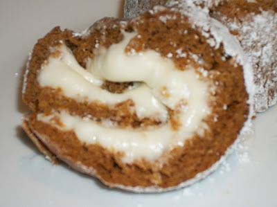 Heart, Hands, Home: Pumpkin Roll (freezes well and thaws out quickly): Rolls Desserts, Pumpkin Rolls, Food Ideas, Cakes Rolls, Rolls Cakes, Heart Hands, Homes, Logs Rolls, Easiest Recipes