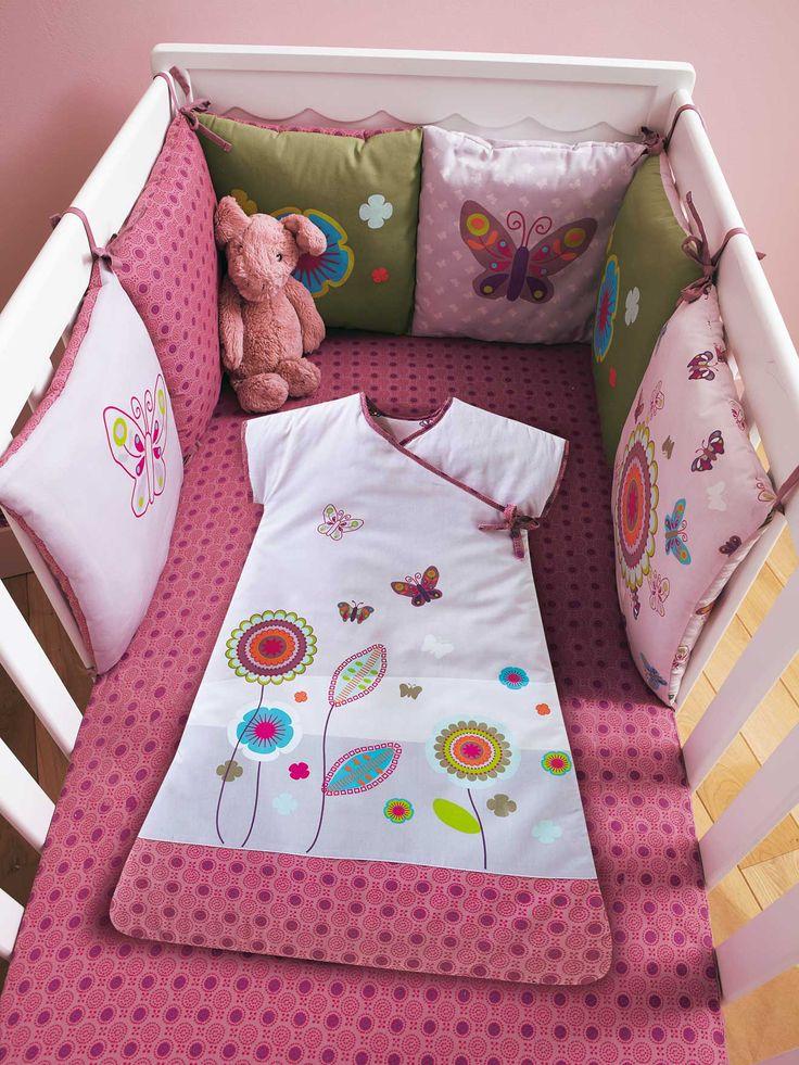 gigoteuse b b brod e th me graphic flor chambre b b pochoir en 2018 pinterest gigoteuse. Black Bedroom Furniture Sets. Home Design Ideas