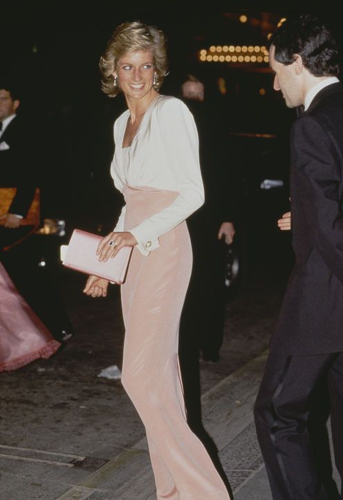 Ode to a Royal Fashion Icon: 15 Princess Diana Outfits That You May Not Have Seen Before