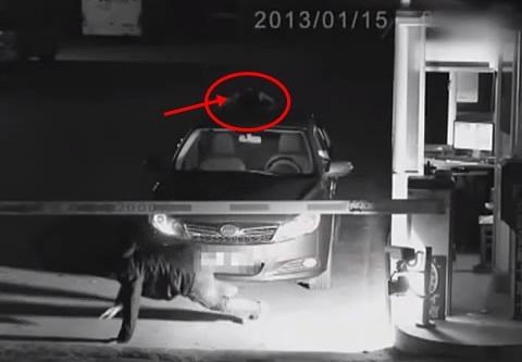[Video] Hantu Pandu Kereta Masuk Parking