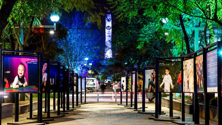 Guadalajara, Mexico, Philips Lighting City People Light award. Emmen mooier? Stemmen voor Emmen kan door op het plaatje te klikken.