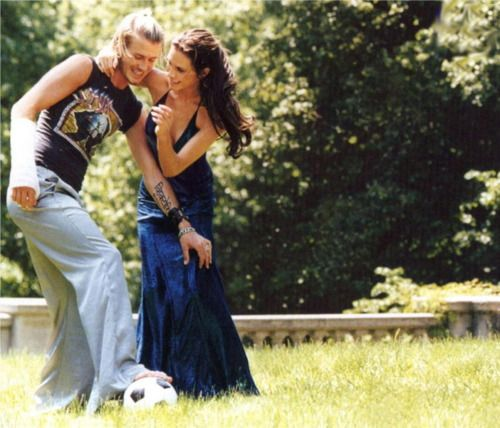 David Beckham and Victoria, such a cute old photo.