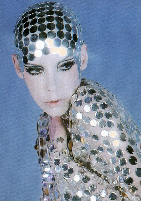 model peggy moffitt  Lovely makeup