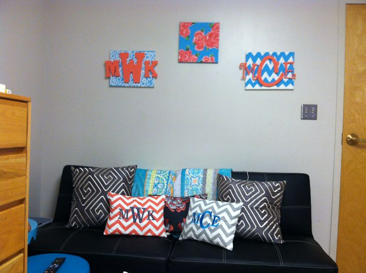 Cute Pillows For Dorm Rooms : 11 best images about Room ideas on Pinterest Cheap futons, Futons and Monogram pillows