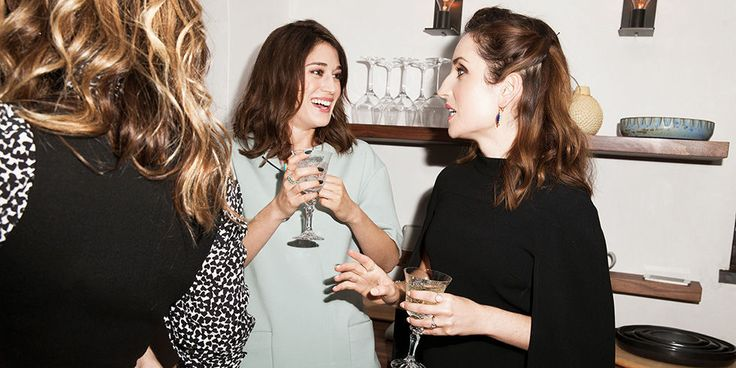 How Irene Neuwirth Mastered the Fancy-Casual Dinner Party  - ELLE.com