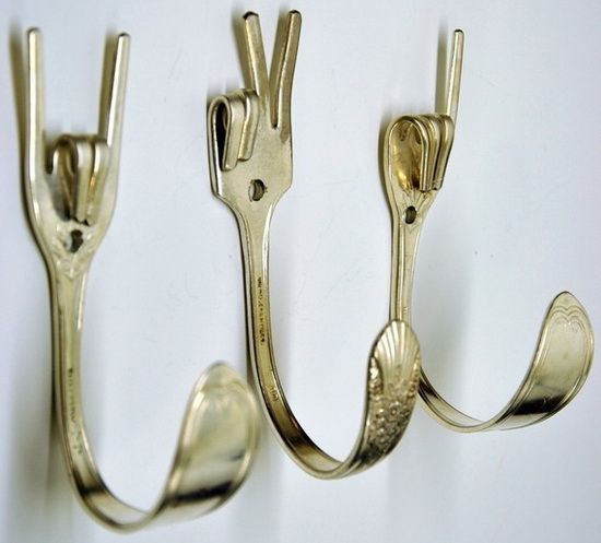 Crafty hooks from old cutlery.