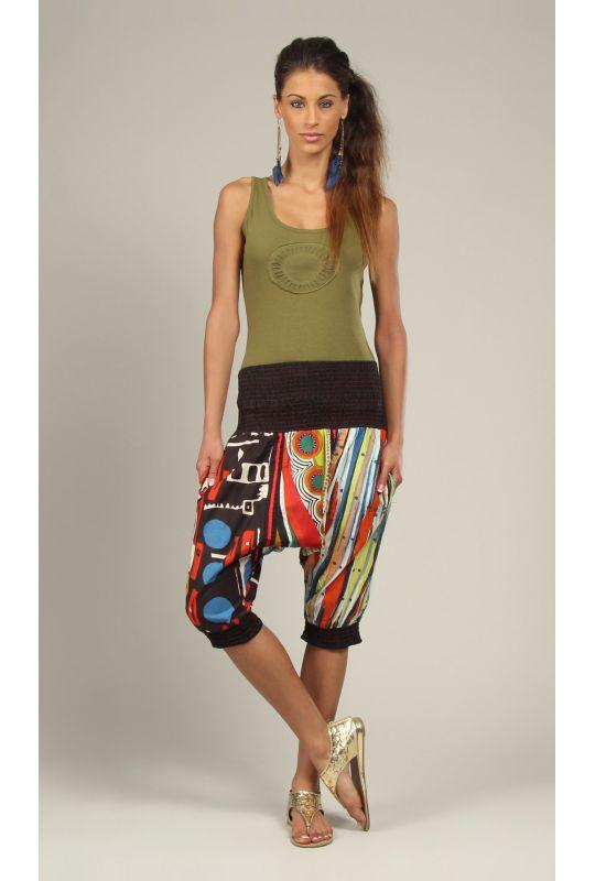 .: Salvari free size multicolori cu model imprimat  http://www.hainehippie.ro/pantaloni-salopete-salvari/488-salvari-free-size-multicolori-cu-model-imprimat.html