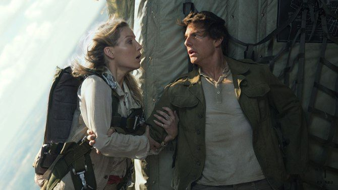 Box Office Preview: 'Wonder Woman' to Slay 'The Mummy' this Weekend